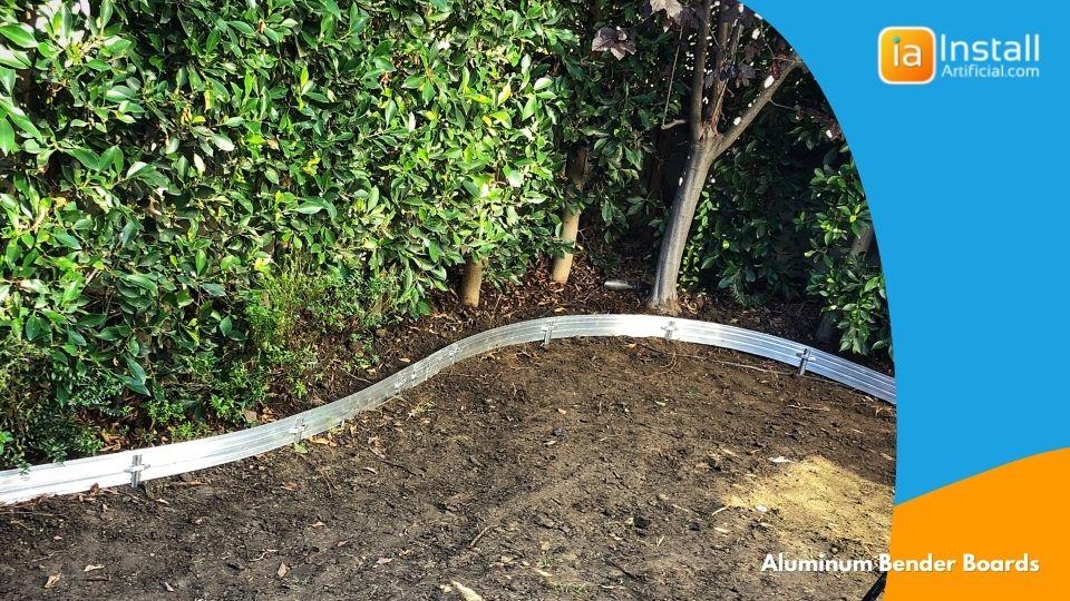 aluminum bender board installation for backyard turf install