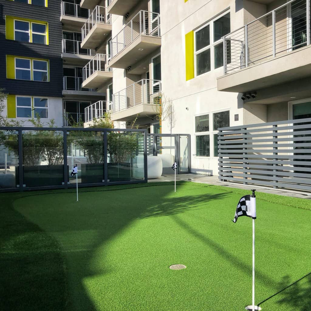 putting-green-600square putting green hoa