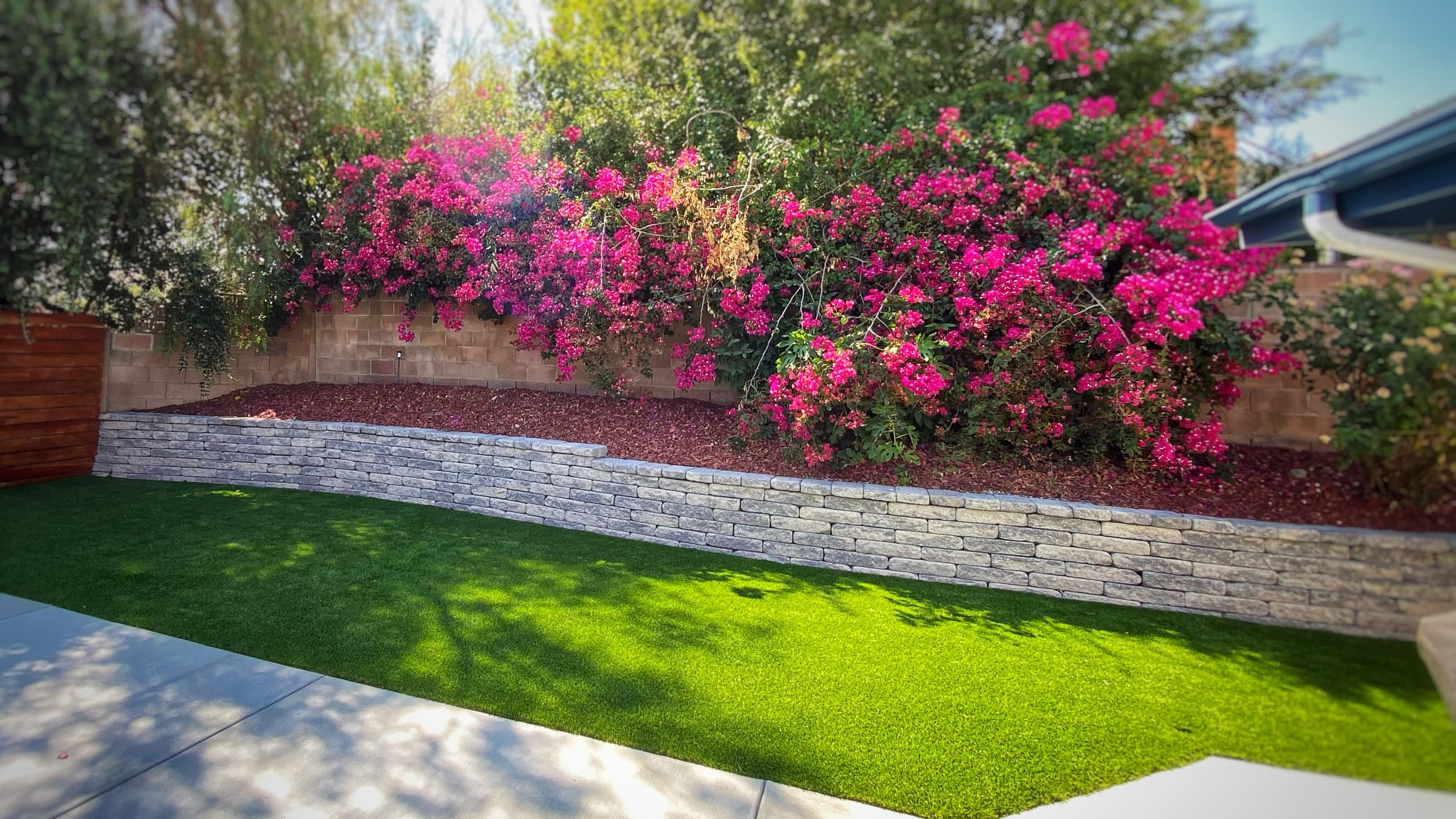 retaining wall and artificial turf