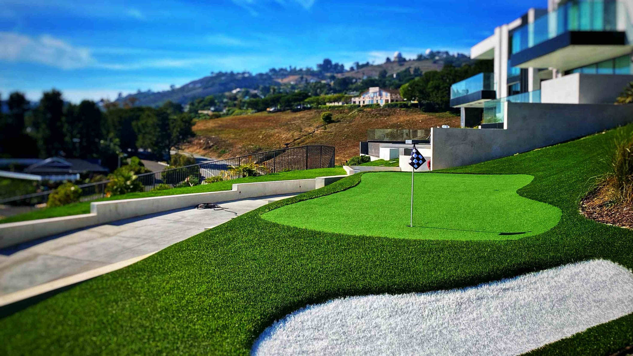 Artificial grass installation Los Angeles__