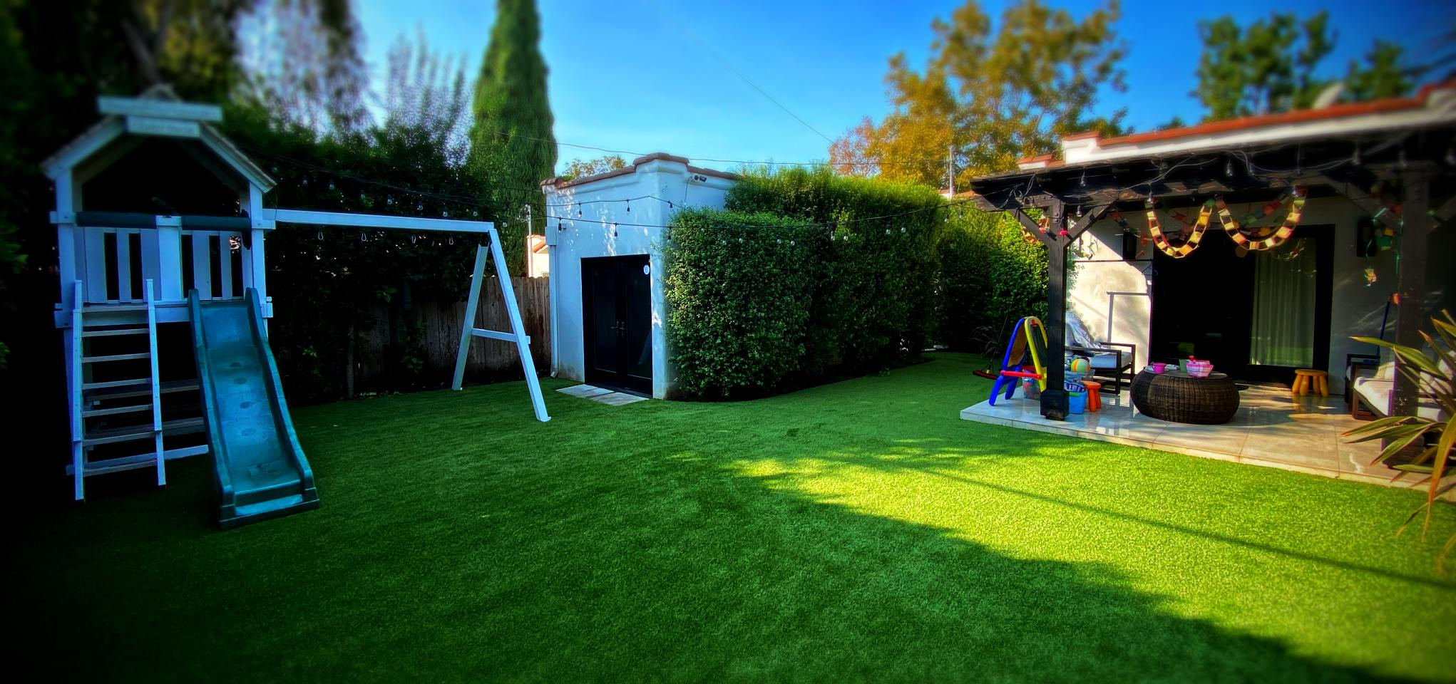 artificial turf playgrounds-1