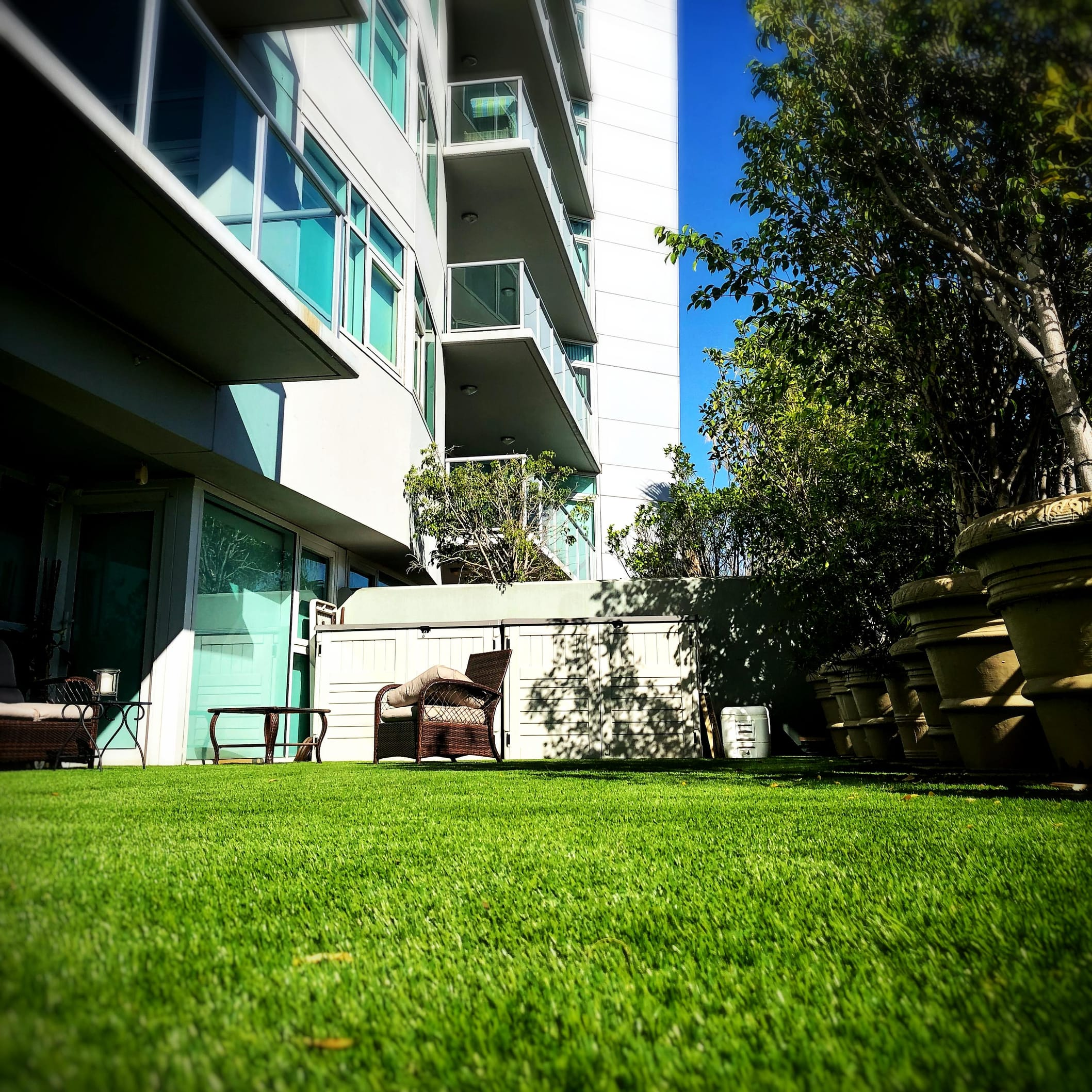 turf installed at modern home balcony