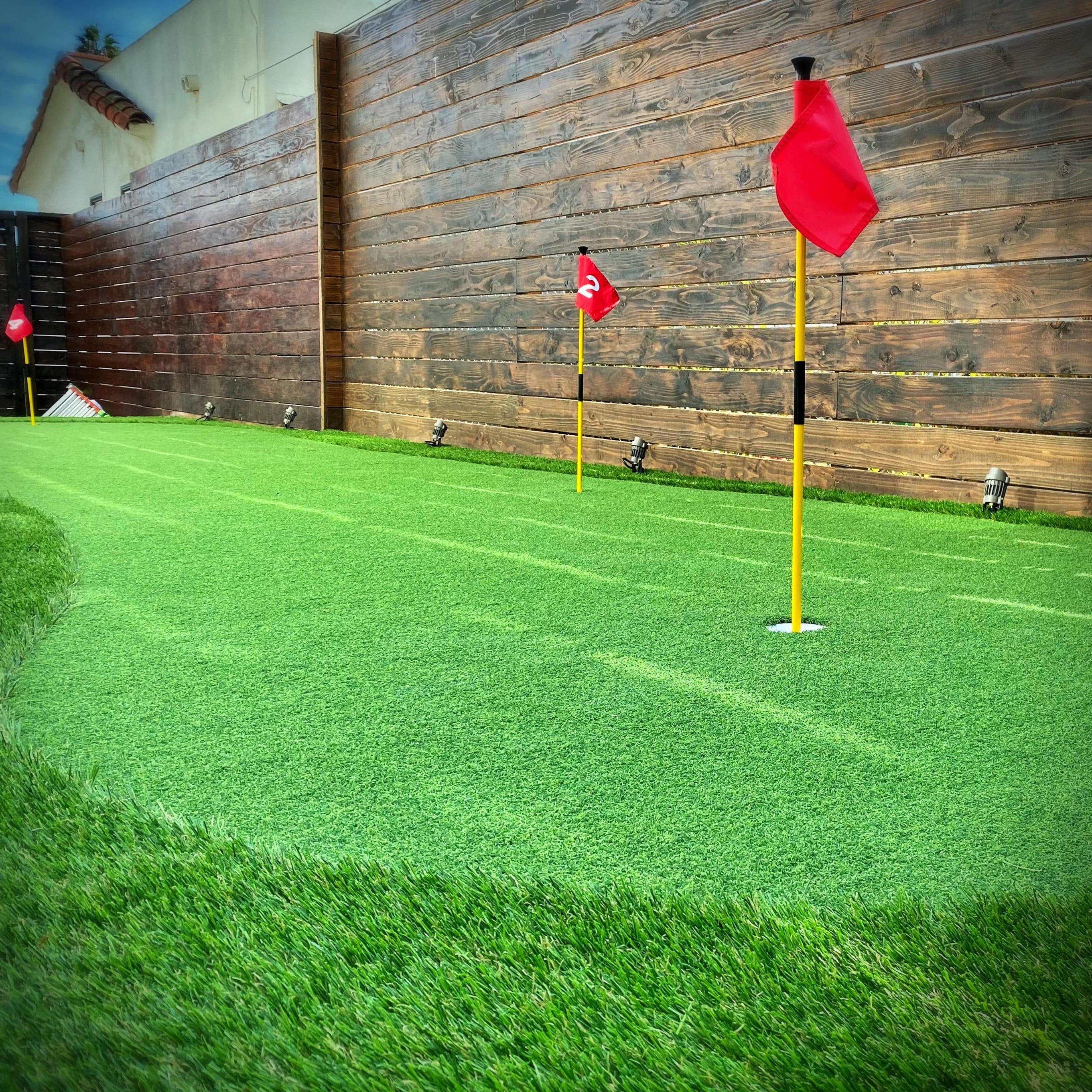putting green arcade side yard